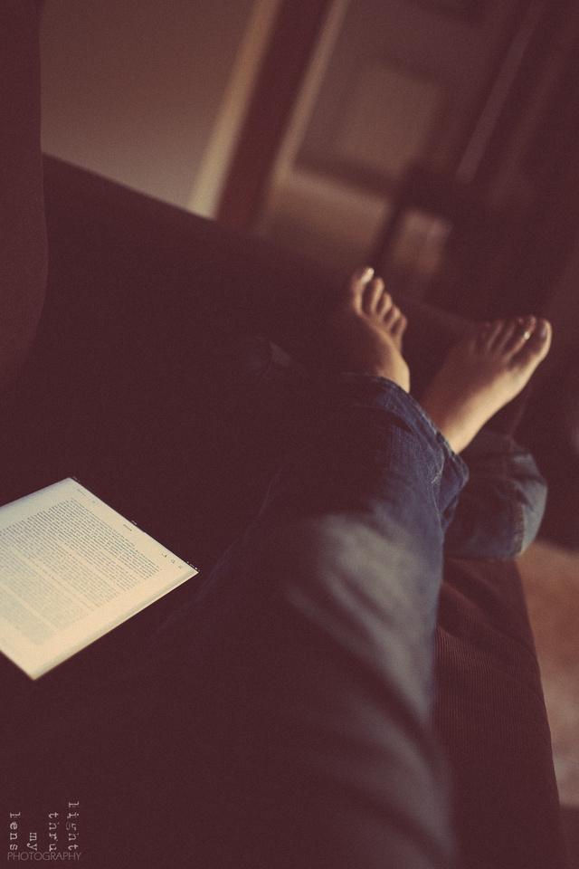 ipat-feet-jeans